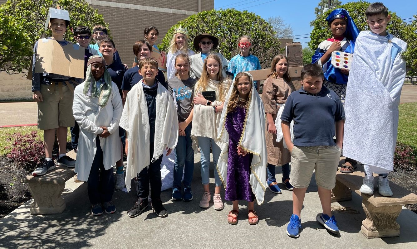 Fifth Grade Performs the Easter Story