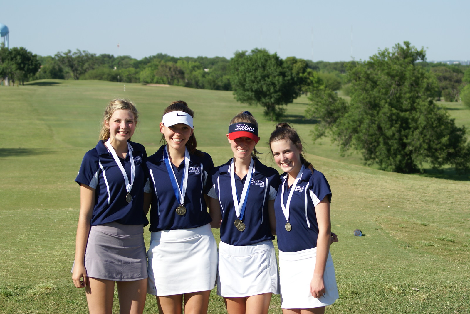 Girls Golf Team Advances to State Tournament