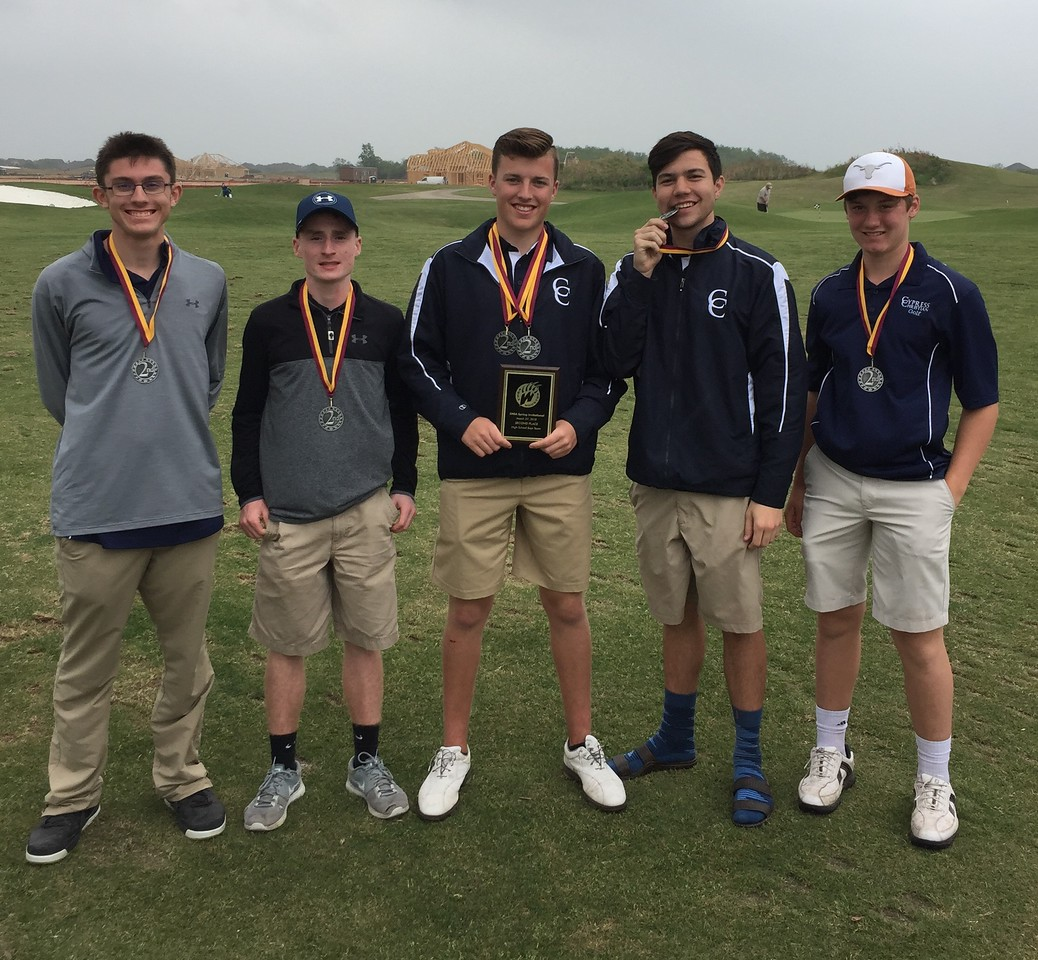 Golf Competes in CHSA Tournament, Boys Finish Second