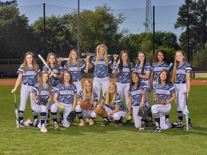Varsity Softball Headed to Playoffs