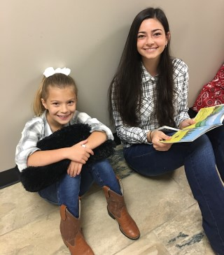Reading Buddies - Homecoming Style!