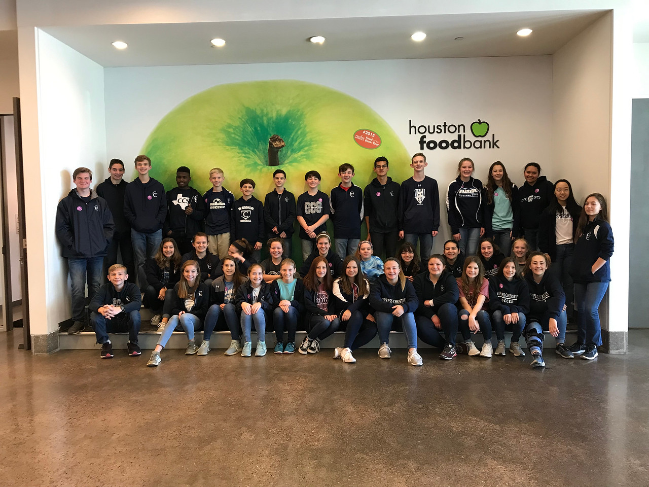 Eighth-Graders Serve at the Houston Food Bank